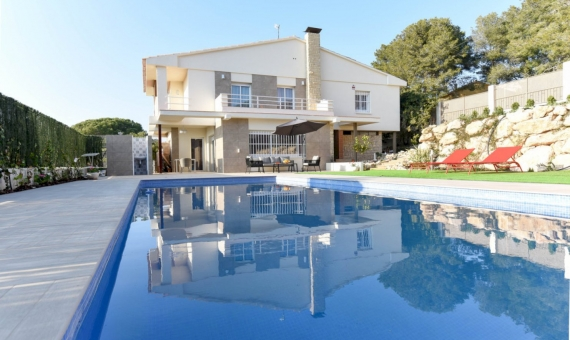 Beautiful newly renovated villa for summer rent in Calafell, Costa Dorada | 2