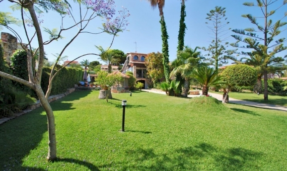 Villa close to the beach with a large garden in Roda de Bara, Costa Dorada | 4