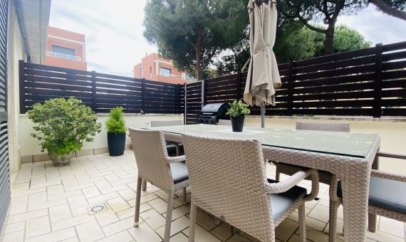 Townhouse of 300 m2 on the seafront in Castelldefels, Costa Garraf | 4