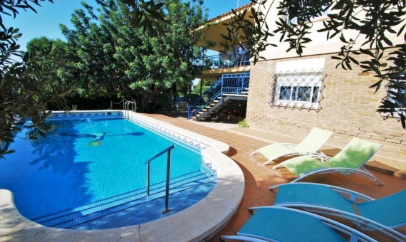 Villa of 220 m2 in a cozy town of Calafell in Costa Dorada | 2