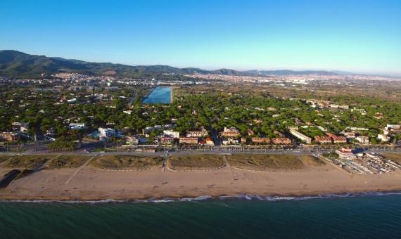 6 parcelas para la construcción de apartotel o casas aisladas en Gava Mar, Costa Garraf | shutterstock_1239702187-1-570x340-jpg