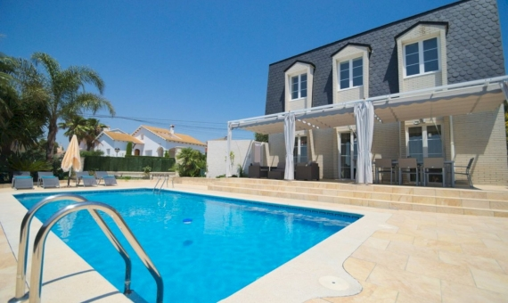 Villa de lujo con piscina privada en El Vendrell, Costa Dorada | 1-fileminimizer-570x340-jpg