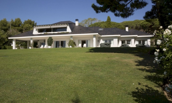 Classic style house on a 6.000 m2 plot in Sant Andreu de Llavaneres, Costa Maresme | 4