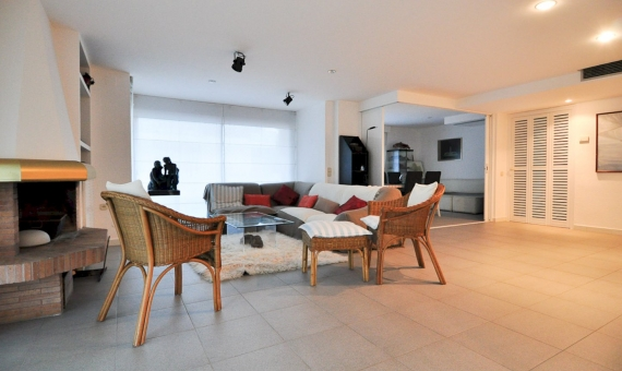 Квартира 170 м2 с прямым выходом к морю в Гава Мар | 2