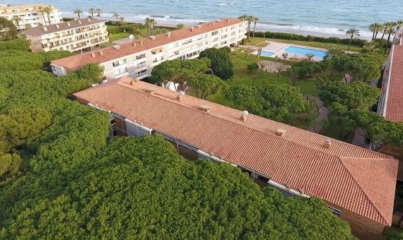 - Apartment on the seafront for summer rent in Gava Mar, Costa Garraf