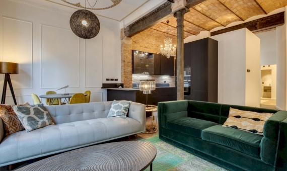Beautiful renovated apartment next to Sagrada Familia | 2