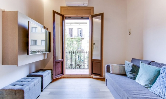 Magnificent fully renovated flat with Sagrada Familia view | 1