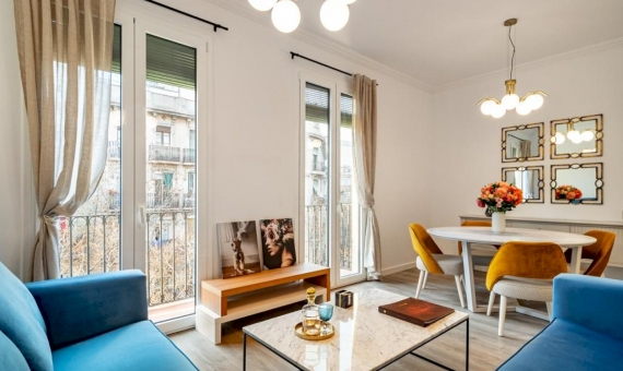 Fully refurbished flat in the heart of Eixample | photo-2020-03-06-18-25-14-2-570x340-jpg