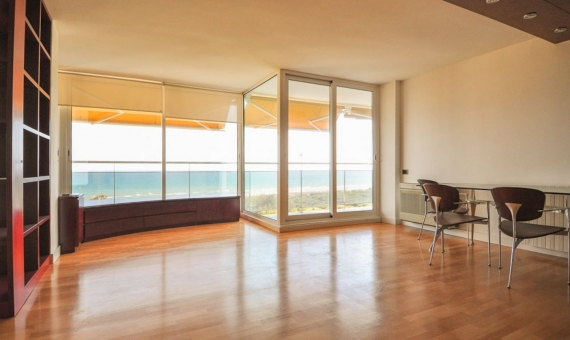 Apartment with beautiful views over the sea in Gava Mar | 1