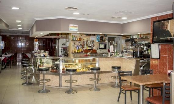 Отель на 25 номеров в самом центре города Торревьеха, Аликанте | 2