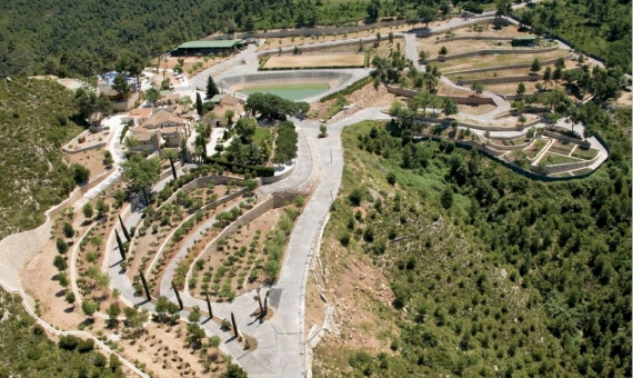 Spectacular country estate in the wine region of Penedes, Catalonia | 4