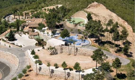 Spectacular country estate in the wine region of Penedes, Catalonia | 2
