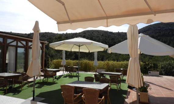 Загородный отель с рестораном возле города Бенидорм в Аликанте | 2