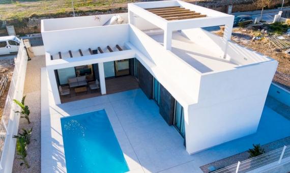 - Beautiful brand new villa 10 minutes from Benidorm in Costa Blanca