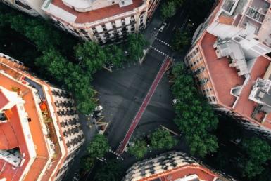 Здание 1.096 м2 в районе Эшампле в Барселоне