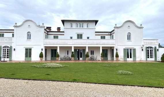 Magnificent country estate in the heart of Penedes, a suburb of Barcelona | 1