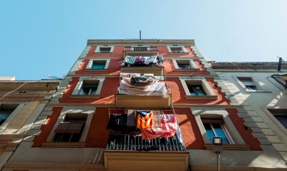 - Edificio residencial de 1.592 m2 en el centro histórico de Barcelona