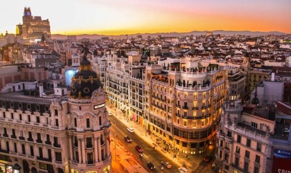 - Жилое здание 1.926 м2 в самом центре Барселоны