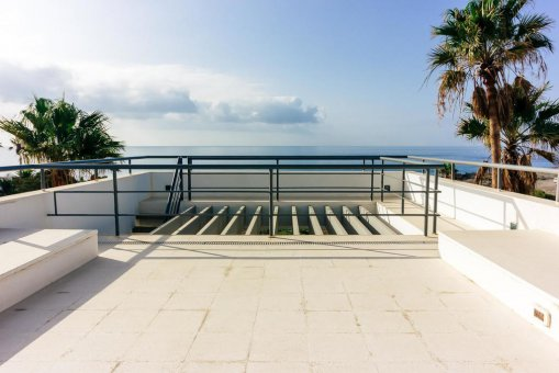 Casa en Granadilla, ciudad El Medano, 216 m2, jardin, terraza, balcon, garaje   | 48