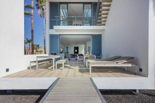 Casa en Granadilla, ciudad El Medano, 216 m2, jardin, terraza, balcon, garaje   | 29