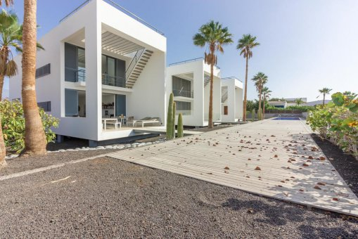 Casa en Granadilla, ciudad El Medano, 216 m2, jardin, terraza, balcon, garaje   | 31