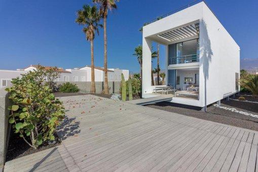Casa en Granadilla, ciudad El Medano, 216 m2, jardin, terraza, balcon, garaje   | 51