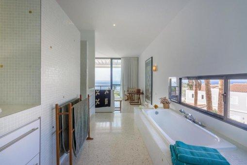 Casa en Granadilla, ciudad El Medano, 216 m2, jardin, terraza, balcon, garaje   | 42