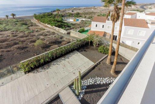 Casa en Granadilla, ciudad El Medano, 216 m2, jardin, terraza, balcon, garaje   | 45