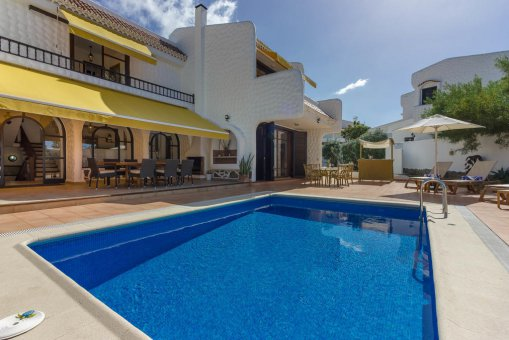 Villa in Arona, city Las Americas, 324 m2, garden, terrace, balcony, garage   | 49