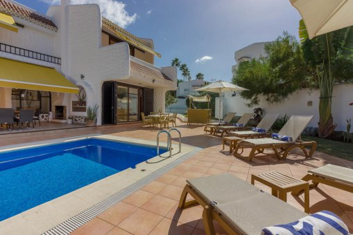 Villa in Arona, city Las Americas, 324 m2, garden, terrace, balcony, garage   | 54