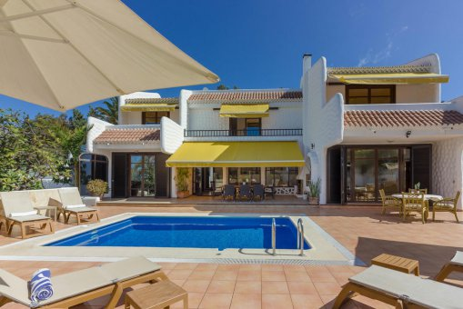 Villa in Arona, city Las Americas, 324 m2, garden, terrace, balcony, garage   | 50