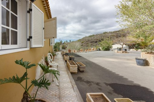 Вилла в Адехе, город Лос Менорес, 600 м2, сад, террасса, балкон, гараж   | 57