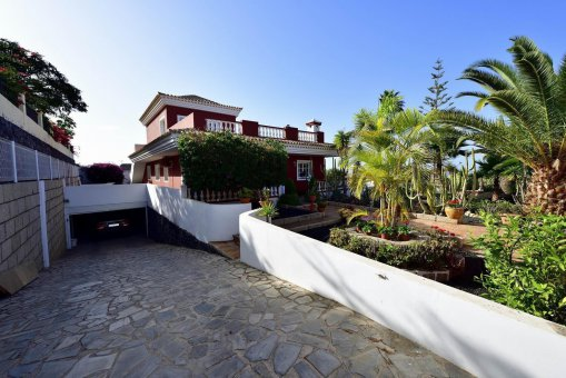 Вилла в Адехе, город Плайя-Параисо, 300 м2, сад, террасса, балкон, гараж   | 39