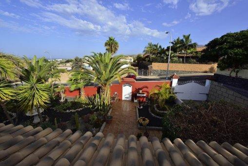 Вилла в Адехе, город Плайя-Параисо, 300 м2, сад, террасса, балкон, гараж   | 27