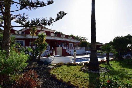 Вилла в Адехе, город Плайя-Параисо, 300 м2, сад, террасса, балкон, гараж   | 28