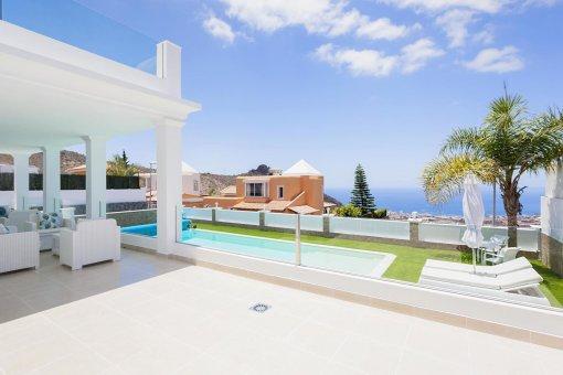 Casa en Adeje, ciudad Roque del Conde, 300 m2, terraza, balcon, garaje   | 26