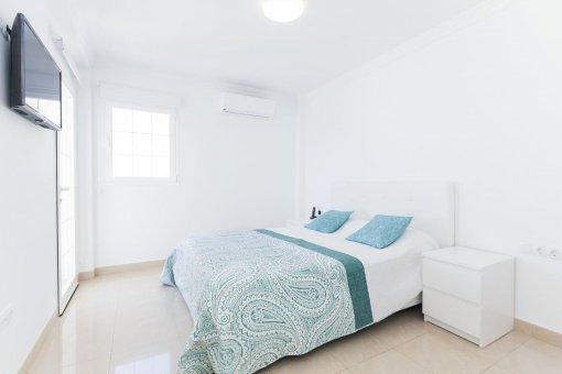 Casa en Adeje, ciudad Roque del Conde, 300 m2, terraza, balcon, garaje   | 27