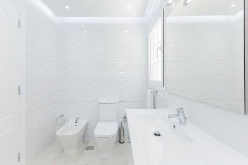 Casa en Adeje, ciudad Roque del Conde, 300 m2, terraza, balcon, garaje   | 30
