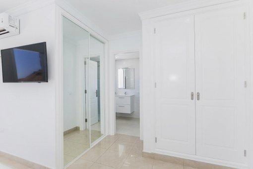 Casa en Adeje, ciudad Roque del Conde, 300 m2, terraza, balcon, garaje   | 32