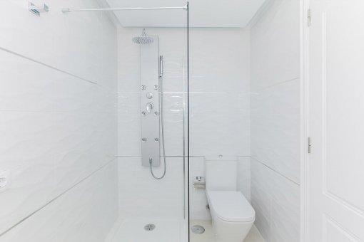 Casa en Adeje, ciudad Roque del Conde, 300 m2, terraza, balcon, garaje   | 35