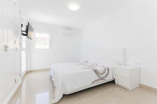 Casa en Adeje, ciudad Roque del Conde, 300 m2, terraza, balcon, garaje   | 42