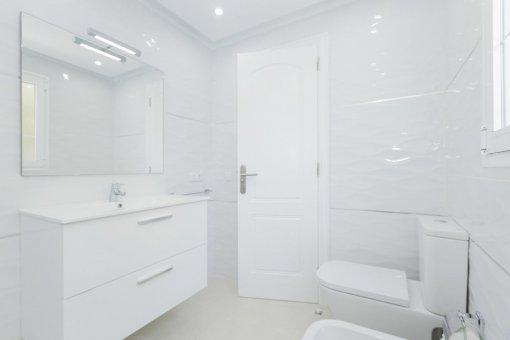 Casa en Adeje, ciudad Roque del Conde, 300 m2, terraza, balcon, garaje   | 45