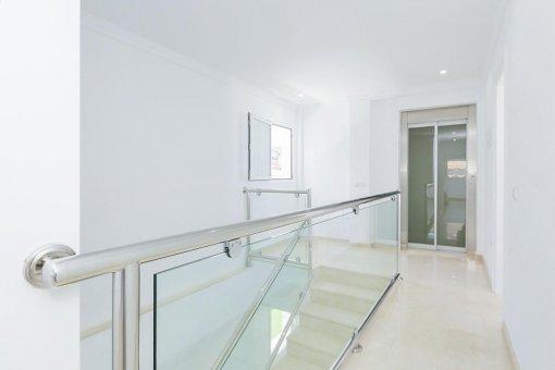 Вилла в Адехе, город Роке-дель-Конде, 300 м2, террасса, балкон, гараж   | 56