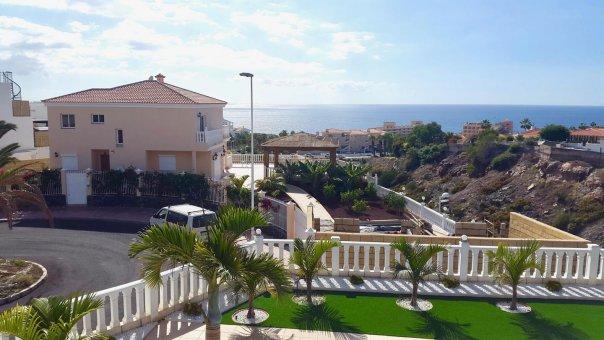 Casa en Adeje, ciudad Callao Salvaje, 180 m2, jardin, terraza, balcon, garaje   | 27