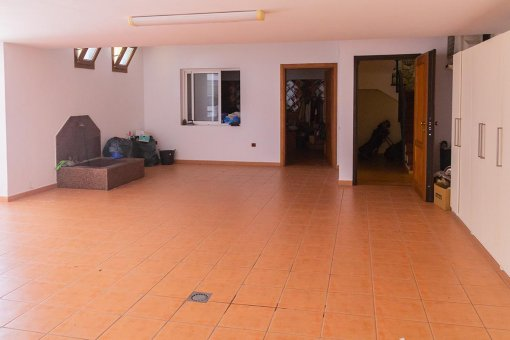 Villa in Adeje, city Golf Costa Adeje, 374 m2, garden, terrace, garage   | 32