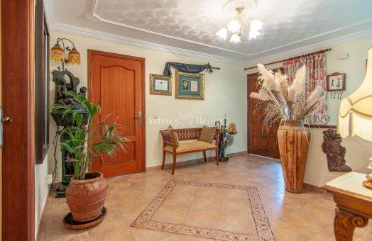 Villa in Adeje, city Las Moraditas, 134 m2, garden, terrace, balcony, garage   | 27