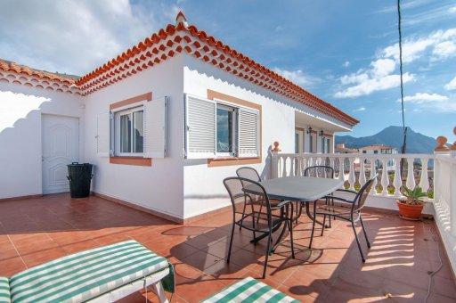 Villa in Adeje, city Las Moraditas, 134 m2, garden, terrace, balcony, garage   | 30