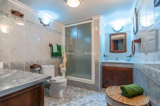 Villa in Adeje, city Las Moraditas, 134 m2, garden, terrace, balcony, garage   | 32