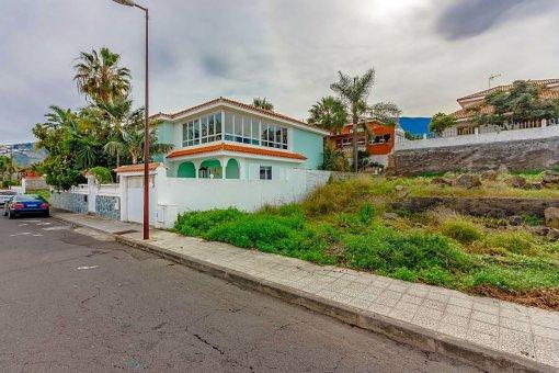 Casa en La Orotava, 436 m2, terraza, garaje     48
