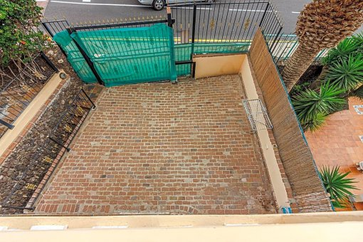Casa en Adeje, ciudad San Eugenio Alto, 279 m2, jardin, terraza, balcon   | 30